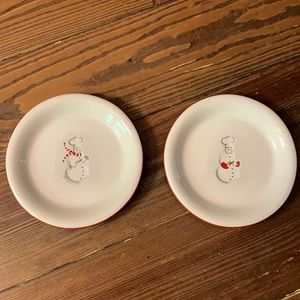 Set of 2 Williams Sonoma appetizer plates snowman